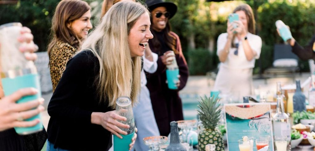 hen party cocktail classes